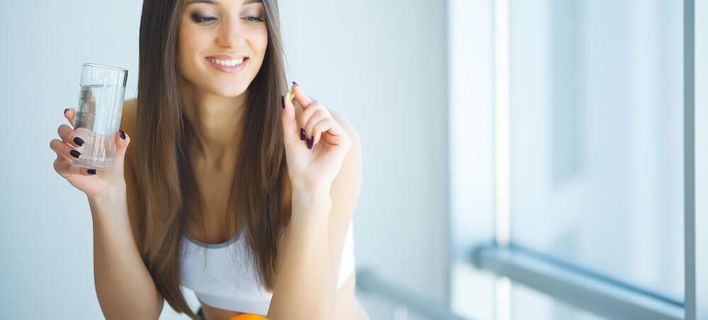 vitaminas para crescimento capilar